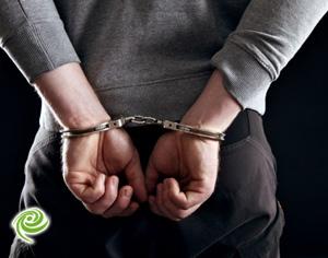תושב אשדוד (18) נעצר אמש בחשד לסחיטה באיומים