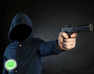 אזרח נשדד באיומי אקדח ברובע א׳