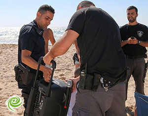 police plage 2