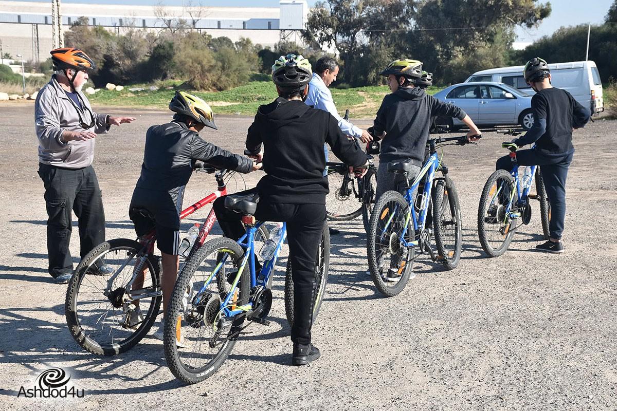 קהילה רוכבת. רשות הספורט מעודדת רכיבה בקהילה