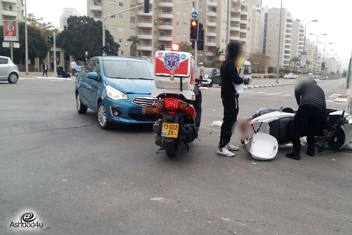 רוכב אופנוע נפצע קל