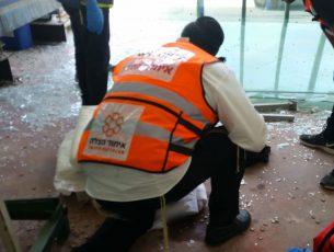 בן שבועיים נפגע במצב בינוני מנפילה מהעגלה