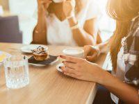 פגישה מחתרתית של ה״לביאות״ – נערכות לחשיפה