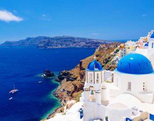 במוצ״ש, חגיגה יוונית במרכז הישראלי לריהוט