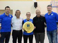 כח נשי. קבוצת הנשים מכבי aov בכדורעף העפילה לליגה הלאומית