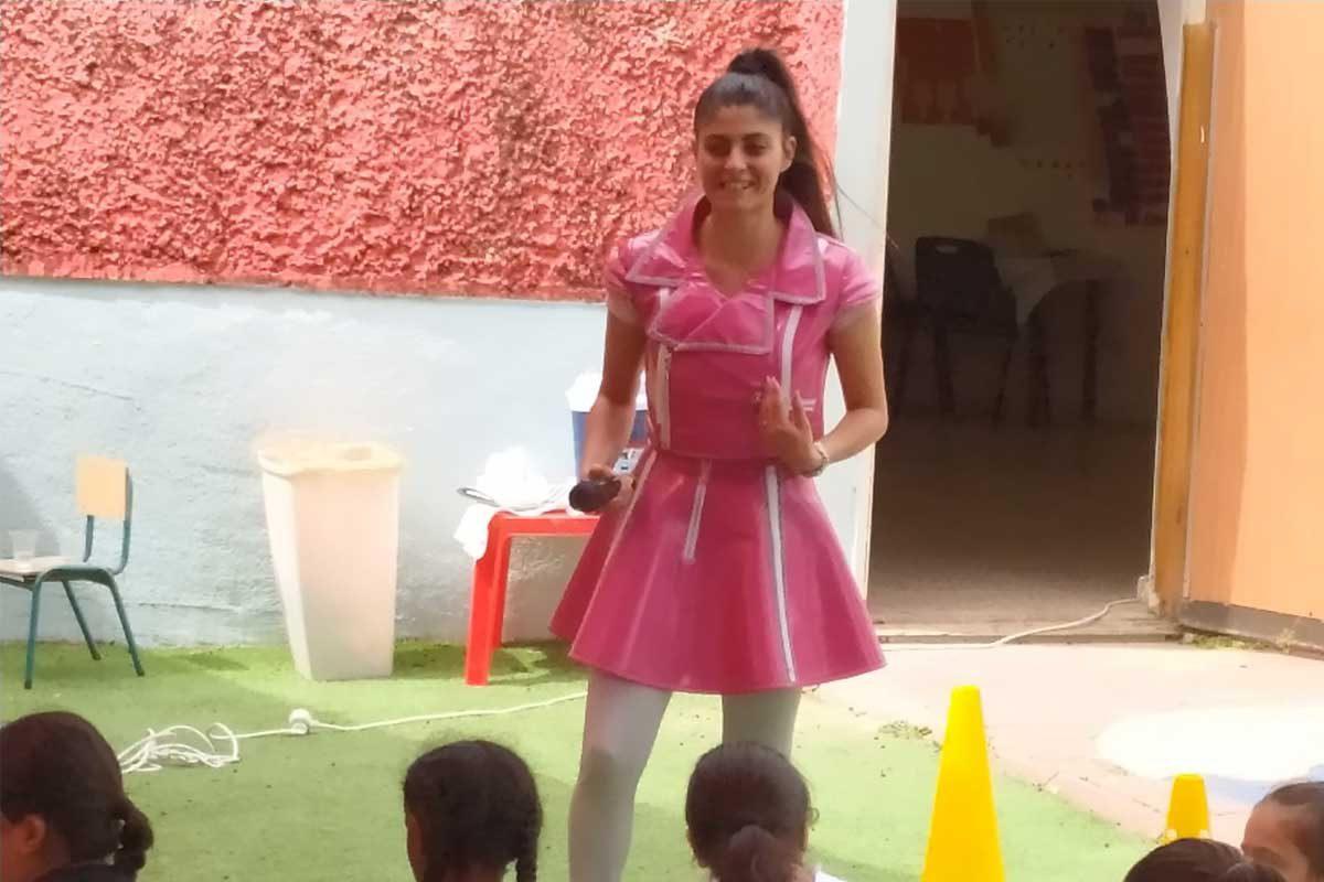 """שיאה"""", כוכבת הילדים, הופיעה בהתנדבות"""