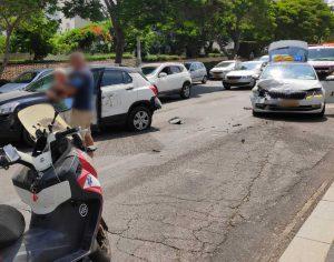בת 45 נפגעה בתאונה בשד׳ ירושלים