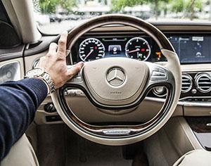 התקדמות הטכנולוגיה ועזרה בשיקול הדעת של הנהג