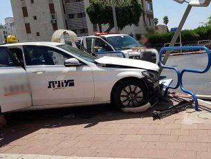 עימות חזיתי – באיזו מסעדה פגעה מונית?