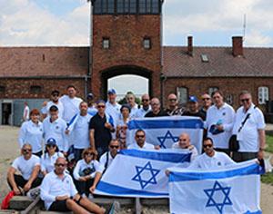 חברת נמל אשדודשולחת משלחת עובדים למחנות ההשמדה בפולין