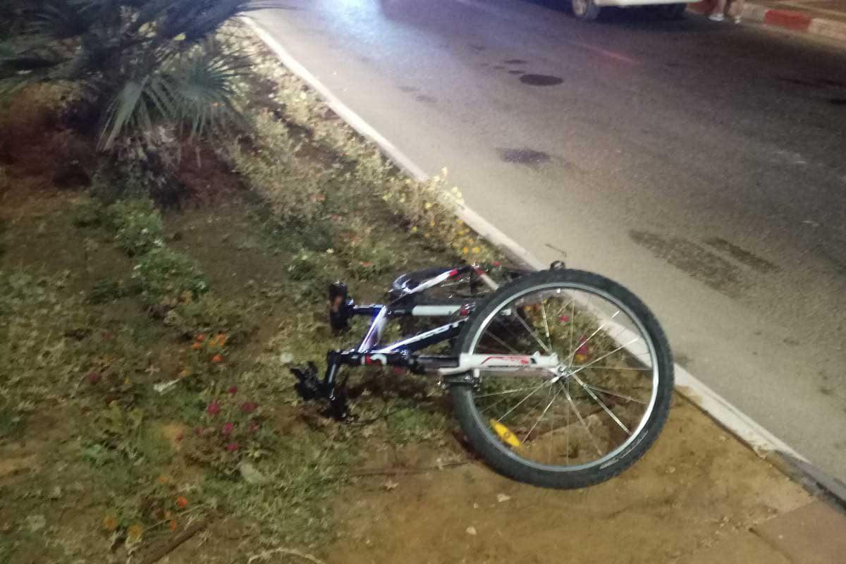 רוכב אופניים כבן 16 נפגע בתאונה