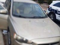 שוטרי הסיור שהוזעקו גילו כי מדובר בפורץ לרכב שנרדם