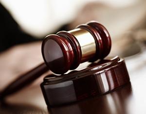 למה כדאי לפנות רק אל עורך דין פלילי מפורסם?