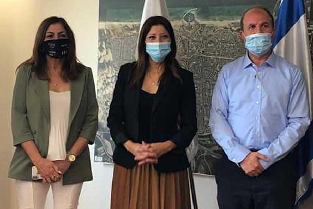השרה אורלי לוי אבוקסיס ביקרה ב״מהות״