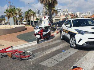 רוכבת אופניים כבת 19 נפגעה במצב קל