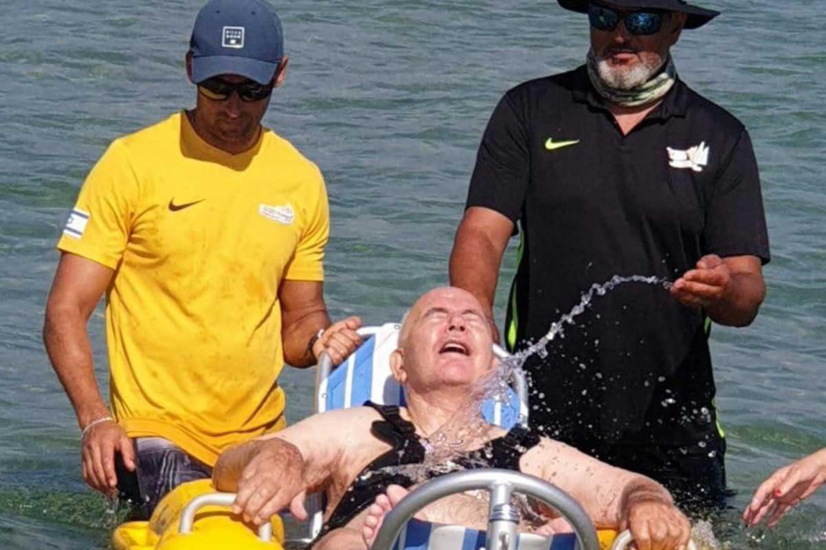 משה טובול חוזר לים אחרי עשור