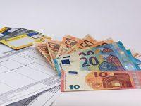 שימוש בשירות ניכיון צ'קים על מנת לאפשר תזרים מזומנים שוטף לעסק